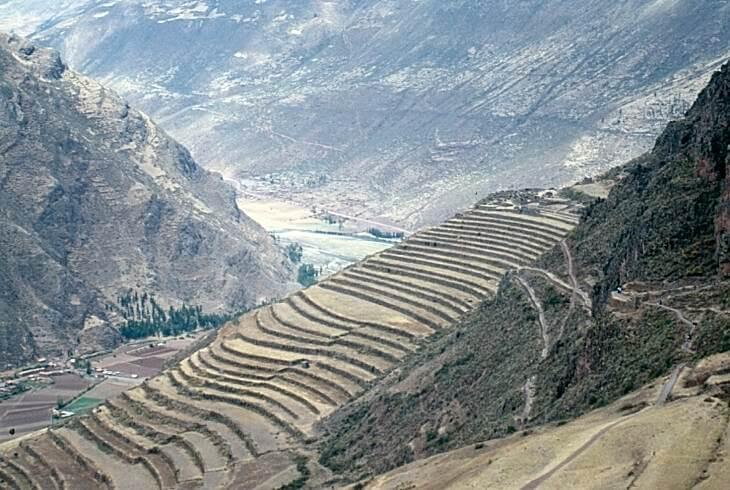 Andenes en el Valle Sagrado de los Incas (Písac).