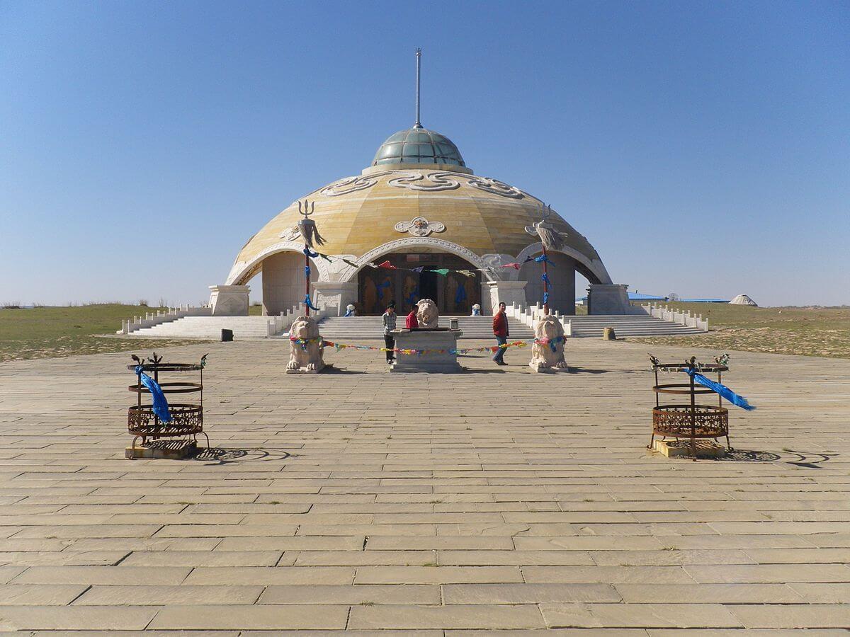 Templo de Sülde Tngri en la bandera de Wushen.