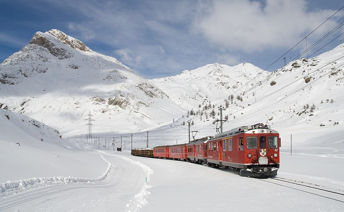 línea del Bernina Express en Suiza