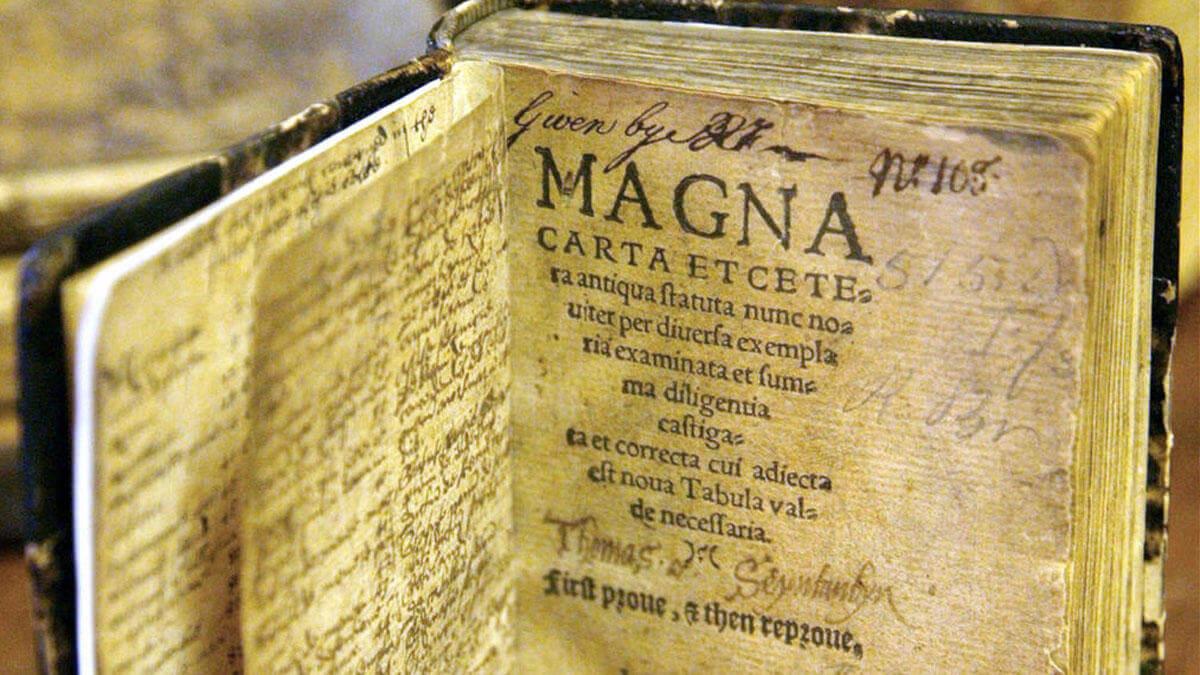 Carta Magna (1215)