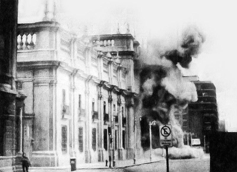Bombardeo a la Casa de la Moneda, 11 de septiembre de 1973.