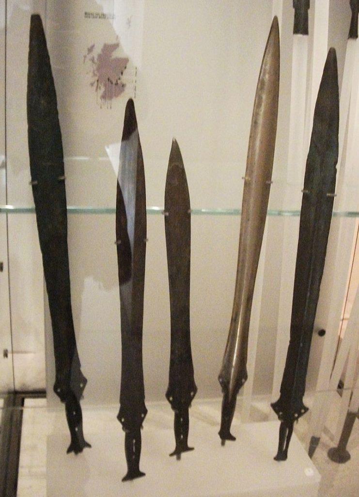 Espadas de bronce
