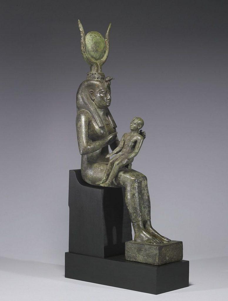 Figura de Isis amamantando a Horus